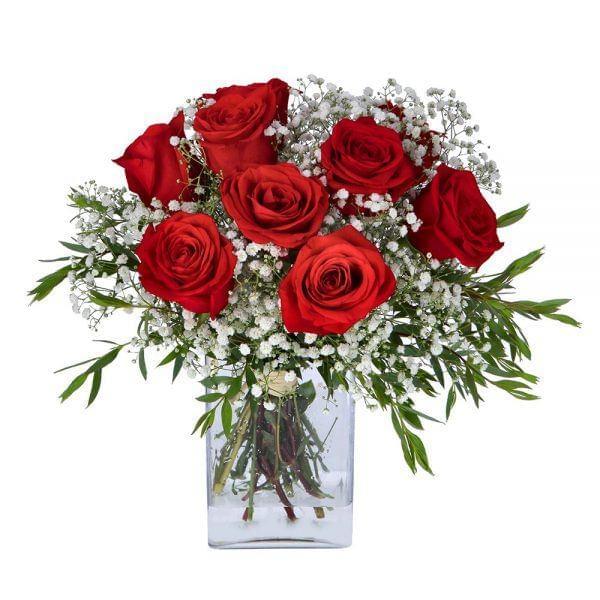 Buquê de rosas vermelhas e gypsophila