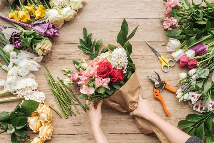 Ramos de flores com dedicatória